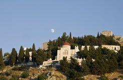 Moonrise sopra il monastero Immagini Stock Libere da Diritti