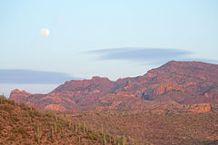 Moonrise Superstition Mountains Royalty Free Stock Photography