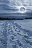 Moonset do inverno Imagens de Stock