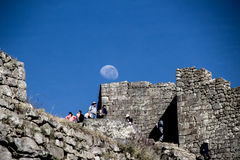 Moonset en Macchu Picchu fotos de archivo