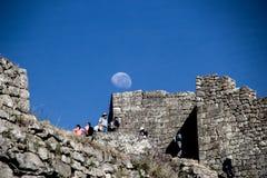 Moonset i Macchu Picchu Arkivfoton