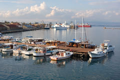 Moorage dans le port de Famagusta Photographie stock