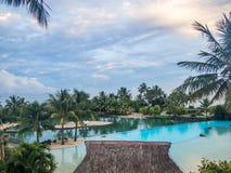 Moorea海岛看法从洲际的手段和温泉旅馆的在帕皮提,塔希提岛,法属玻里尼西亚 图库摄影