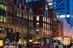 Moorgate storgatan i mitten av London Arkivbild