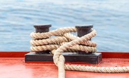 Free Mooring Bollard With A Fixed Rope On The Ship Royalty Free Stock Photos - 88848158