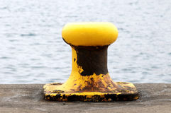 Mooring on a Pier Royalty Free Stock Photos