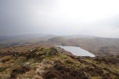 Moorland See - Tarn in einem Tal stockbilder