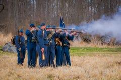 MOORPARK, LOS E.E.U.U. - ABRIL, 18, 2018: El azul y Gray Civil War Reenactment en Moorpark, CA es la batalla más grande Fotos de archivo libres de regalías