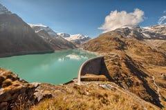 Mooserboden dużej wysokości rezerwuar blisko Kaprun, - Zell am Widzii, Austria Zdjęcia Stock