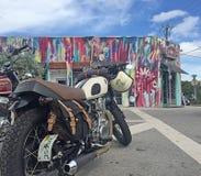Moped för Miami Wynnwood gatakonst Arkivbild