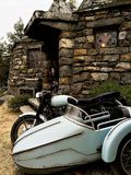 Moped och bakgrund hem- Hagrid för Hagrid ` s Royaltyfria Bilder