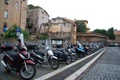 Mopedtrans. Rome, Italien Arkivfoto