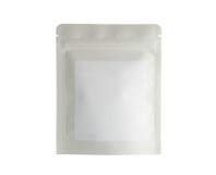 Moquerie de blanc vers le haut de nourriture ou de boisson vide d'aluminium Photo libre de droits