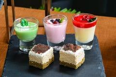 Moquerie vers le haut de démonstration de buffet de dessert Image stock