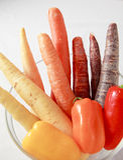 Morötter och pepparlutning Fotografering för Bildbyråer