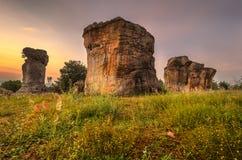 Mor Hin Khao eller Stonehenge av Thailand i morgonen Arkivfoton