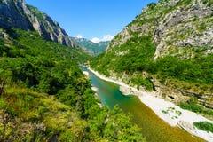 Moraca flod och kanjon Royaltyfria Bilder
