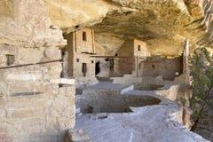 Moradias da casa do balcão em Mesa Verde National Park foto de stock royalty free
