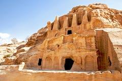 Moradias de caverna de PETRA Imagem de Stock