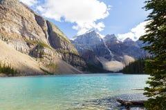 Moraine湖班夫国家公园亚伯大加拿大不列颠哥伦比亚省 免版税库存照片