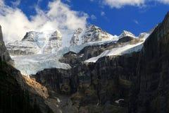 moraine λιμνών παγετώνων στοκ εικόνες