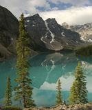 moraine de lac de banff Photos stock