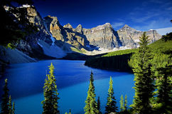 Moraine Lake. Classic view of Moraine Lake and the Canadian Rockies Royalty Free Stock Photography