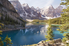 Moraine lake and valley of ten peaks Royalty Free Stock Photography