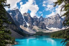 Moraine See in Nationalpark Banffs, Kanadier Rocky Mountains, Alberta, Kanada stockfotos