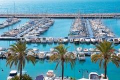Moraira阿利坎特小游艇船坞nautic口岸高在地中海 免版税库存照片