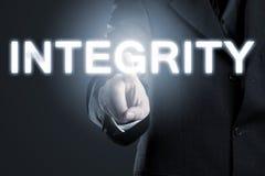 Morale di affari o etica concetto, uomo che indica inte alla parola ' immagine stock
