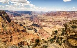 Moran Point avlägsen sikt - Grand Canyon, södra kant - Arizona, AZ Royaltyfri Foto