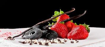 Morango, alcaçuz, baunilha e chocolate Imagem de Stock