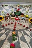 A morango coloca, memorial do lennon de John no Central Park Fotografia de Stock Royalty Free