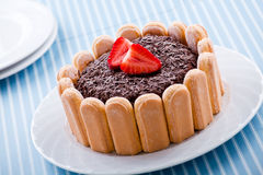 Morango e chocolate Charlotte Dessert foto de stock