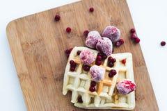 Morango e waffles congelados Fotografia de Stock