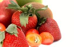 Morango, quivi, tomate, maçãs Fotografia de Stock Royalty Free