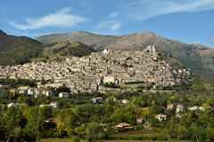 Morano Calabro, un petit village historique en Calabre image libre de droits