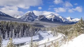 Morant` S-curve, het Nationale Park van Banff stock video