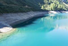 Morasco sjö i den Formazza dalen, Italien Arkivfoton