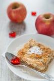 Morceau d'une tarte aux pommes Images libres de droits