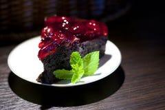 Morceau de chocolat de gâteau Images libres de droits
