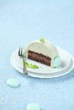 Morceau de chocolat Yule Log de menthe de Noël photo libre de droits