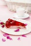 Morceau de gâteau de fraise Photos stock