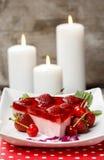 Morceau de gâteau de fraise. Foyer sélectif Images libres de droits