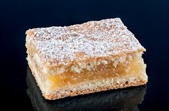 Morceau de tarte de citron Photographie stock libre de droits