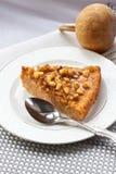 Morceau de tarte de potiron avec des noix Photographie stock libre de droits