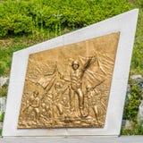 Morceau en bronze d'art dépeignant des soldats dans la Guerre de Corée - près du pont de liberté images stock