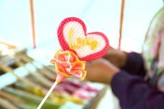 Morceau en forme de coeur de sucre Photos libres de droits