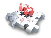 Morceau rouge différent de structure de puzzle denteux Photographie stock libre de droits